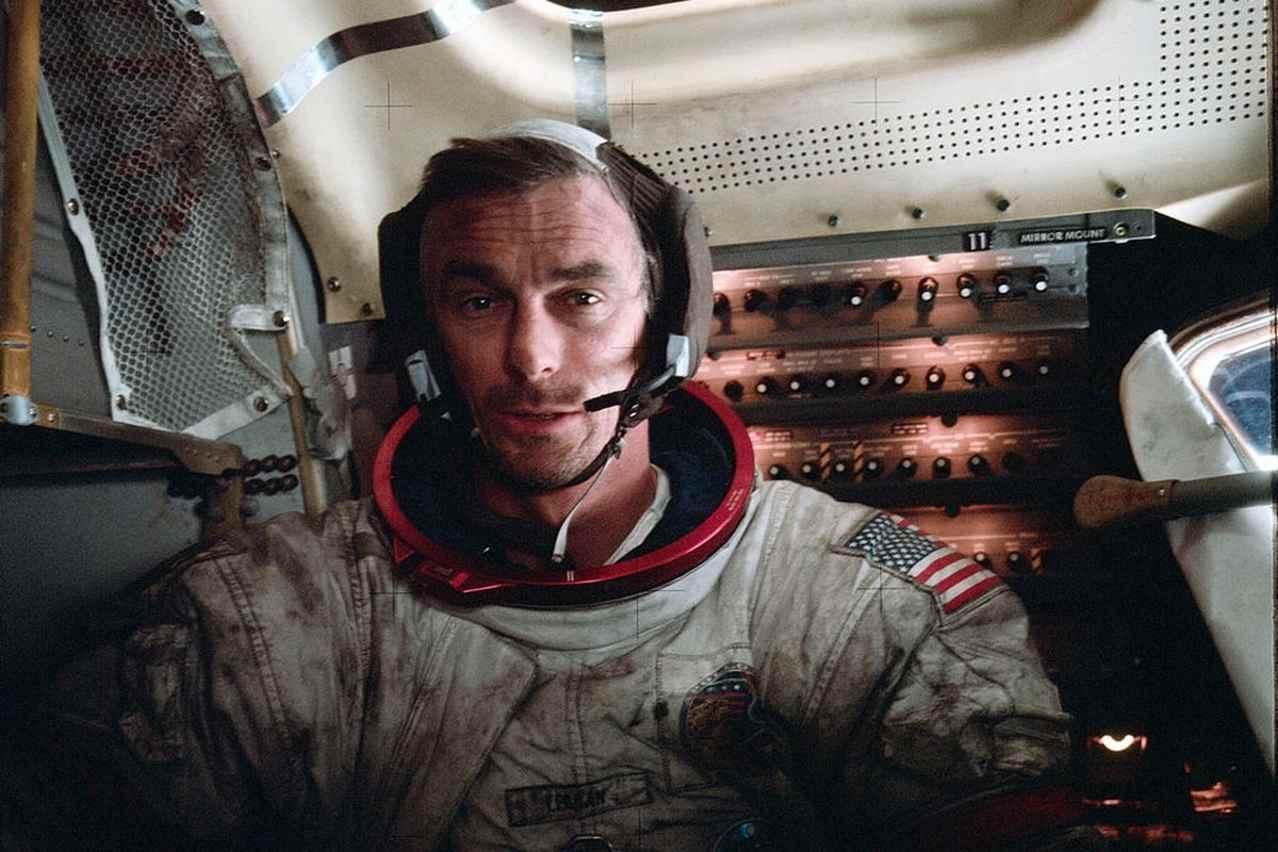 Аполлон-17 Джин Сернан
